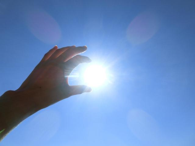 朝の太陽光 体内時計をリセット