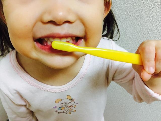朝起きてすぐの歯みがき